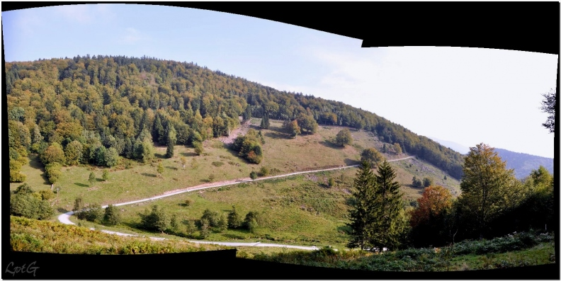 Panorama-Parking-lachtelweiher.jpg